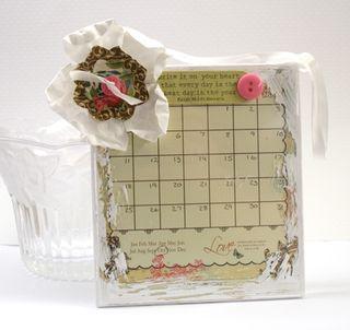 Shabby-calendar-frame