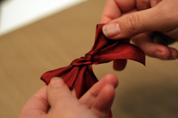 Tying a bow 5
