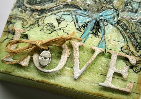 Inspire-love-canvas-close