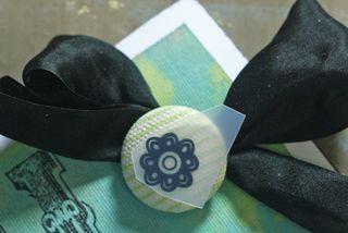 Rubon-on-canvas-button