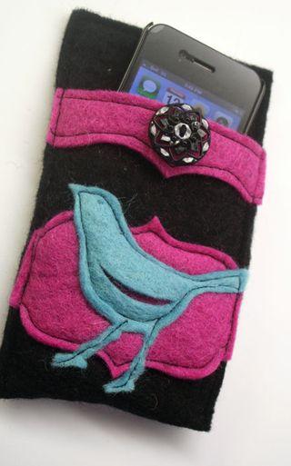 Felt-cell-phone-case-open