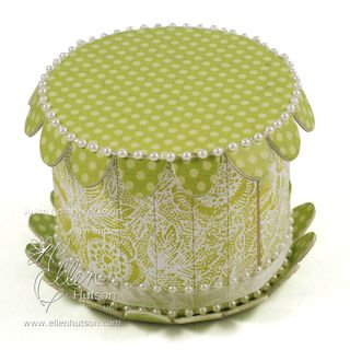 Easter Lily Cake Box WM
