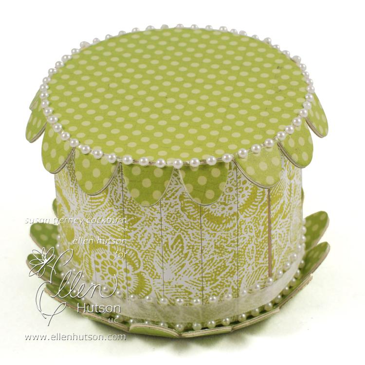 Easter Lily Cake Box WM