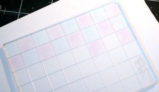 Marker-grid-half-colored