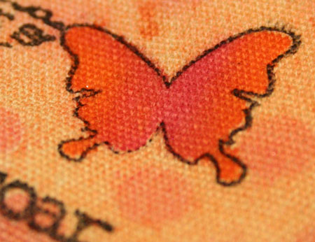 Valise-stamped-butterfly-de