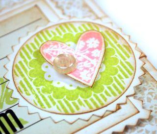 Mom-card-heart-detail