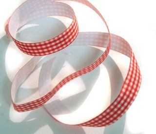 Red-gingham-fabric-tape