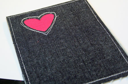 Love-u-denim-stitching-deta