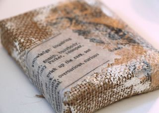 Burlap-canvas-with-gesso-an