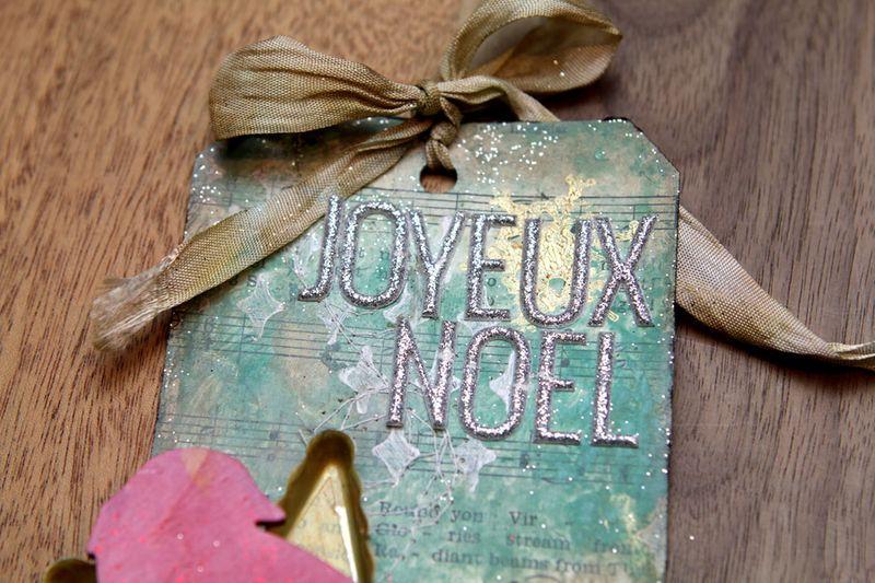 Ronda Palazzari Joyeux Noel Tag details 3