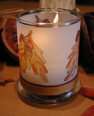 Acorn_candle_lit