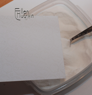 Embossing_powder